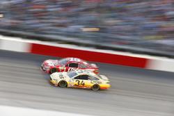 Chris Buescher, Front Row Motorsports, Ford; Clint Bowyer, HScott Motorsports, Chevrolet