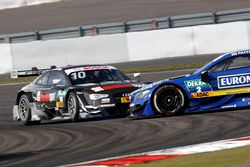 Crash, Timo Scheider, Audi Sport Team Phoenix, Audi RS 5 DTM and Gary Paffett, Mercedes-AMG Team ART, Mercedes-AMG C63 DTM