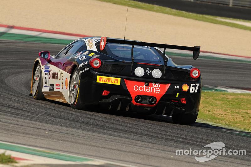 #67 Octane 126, Ferrari 458: James Fischer