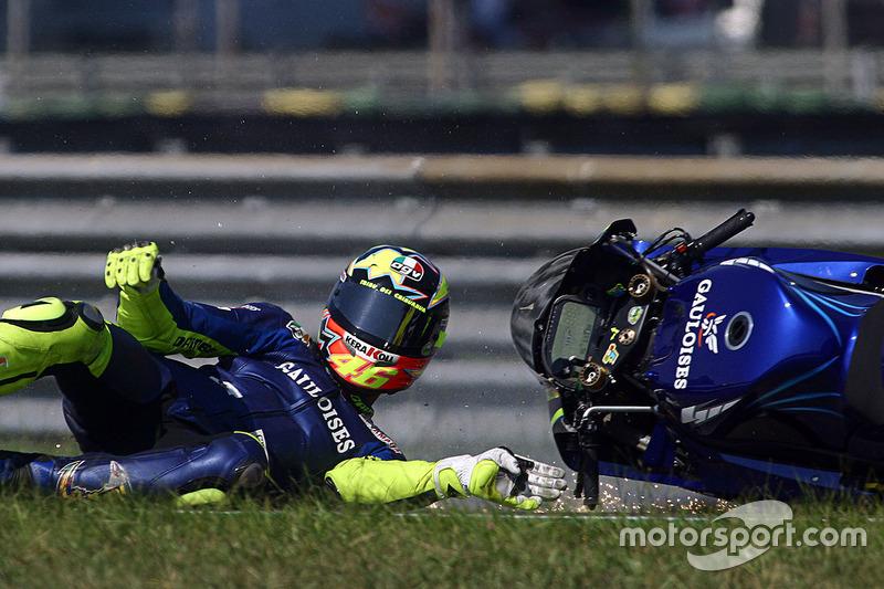 Valentino Rossi cai