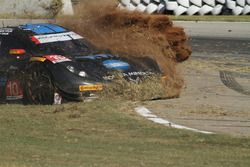 #10 Wayne Taylor Racing Corvette DP: Ricky Taylor, Jordan Taylor, Max Angelelli, in trouble