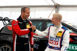Kai Jordan, JBR Motorsport, VW Golf GTI TCR und Niklas Mackschin, Liqui Moly Team Engstler, VW Golf