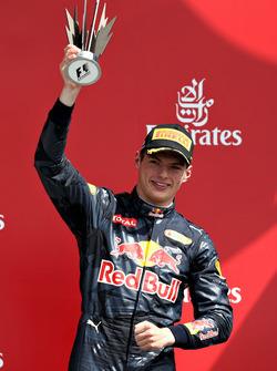 Max Verstappen, Red Bull Racing RB12 fête sa troisième place sur le podium