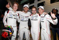 #1 Porsche Team Porsche 919 Hybrid: Timo Bernhard, Mark Webber, Brendon Hartley with Andreas Seidl, Team Principal Porsche Team