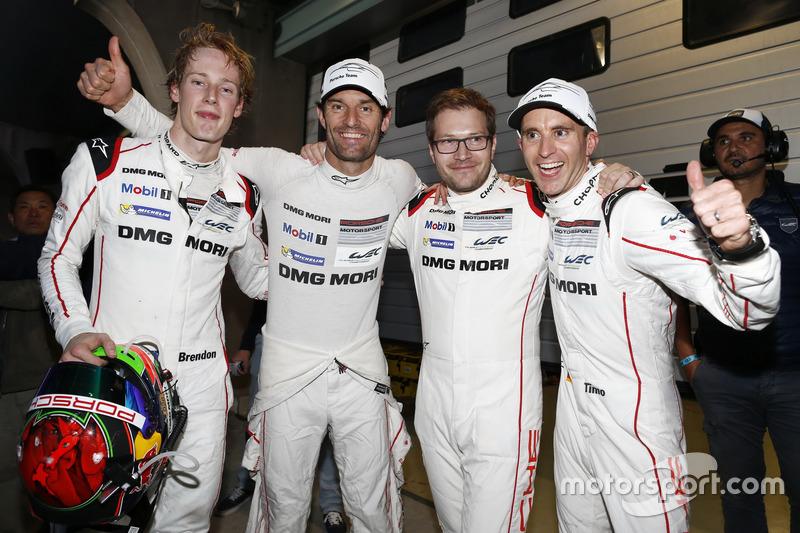 #1 Porsche Team Porsche 919 Hybrid: Timo Bernhard, Mark Webber, Brendon Hartley with Andreas Seidl,