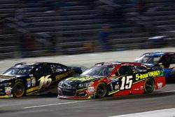Clint Bowyer, HScott Motorsports Chevrolet, Greg Biffle, Roush Fenway Racing Ford