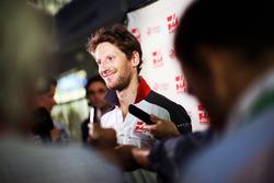 Romain Grosjean, Haas F1 Team avec les médias
