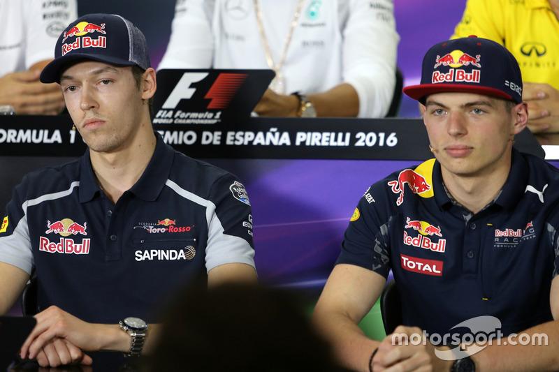En mayo de 2016 llegó un cambio que generaría mucha polémica, cuando Verstappen fue ascendido a Red Bull y Kvyat volvió al garaje de Toro Rosso tras una serie de desafortunados grandes premios.