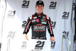 Pole para Erik Jones, Joe Gibbs Racing Toyota