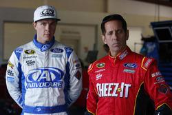 Trevor Bayne, Roush Fenway Racing Ford, Greg Biffle, Roush Fenway Racing Ford