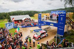 Podium: winners Kris Meeke, Paul Nagle, Citroën World Rally Team, second place Jari-Matti Latvala, Miikka Anttila, Volkswagen Motorsport, third place Craig Breen, Scott Martin, Citroën World Rally Team