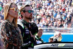 Kurt Busch, Stewart-Haas Racing Chevrolet, et sa compagne