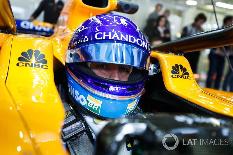 """Fernando Alonso: """"Trabalho entregue. É o que eu disse aos engenheiros no rádio. Chegamos nos pontos e conseguimos entregá-los com segurança para a equipe."""""""