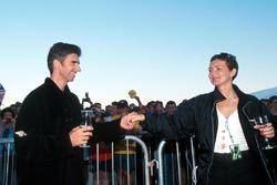 Damon Hill, Jordan, mit Ehefrau Georgie