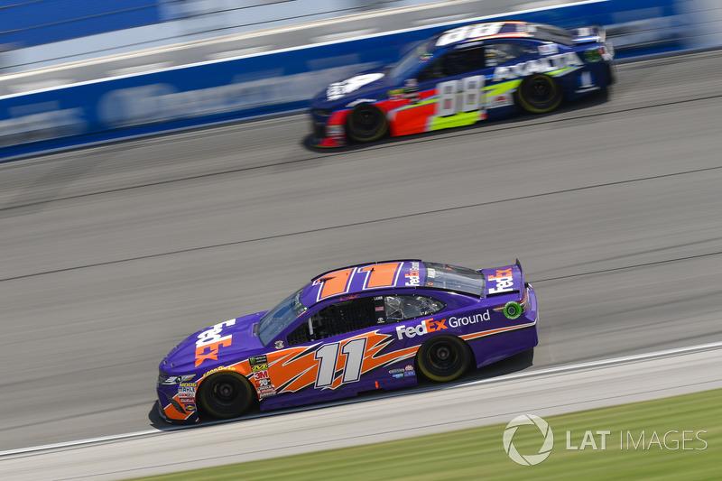 Denny Hamlin, Joe Gibbs Racing, Toyota Camry FedEx Ground, Alex Bowman, Hendrick Motorsports, Chevrolet Camaro Axalta