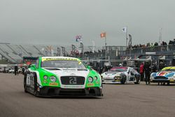 #7 Team Parker Racing Ltd Bentley Continental GT3: Ian Loggie, Callum Macleod