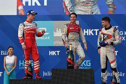 Podio: il vincitore della gara Daniel Abt, Audi Sport ABT Schaeffler, il secondo classificato Felix