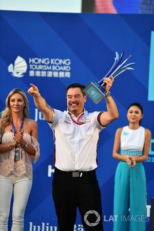 Podium: Alex Tai, Team Principal, DS Virgin Racing, celebrates on the podium