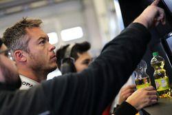 #462 Porsche Cayman: Andre Lotterer