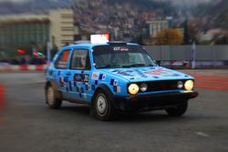 Mustafa Nüvit Karakaşlı, Ersin Tunç, Volkswagen Golf GTI MKI