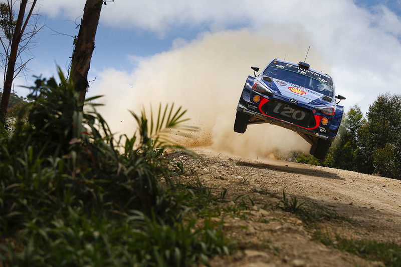 #4 Thierry Neuville