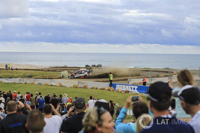 Ярі-Матті Латвала, Мікка Анттіла, Toyota Yaris WRC, Toyota Racing