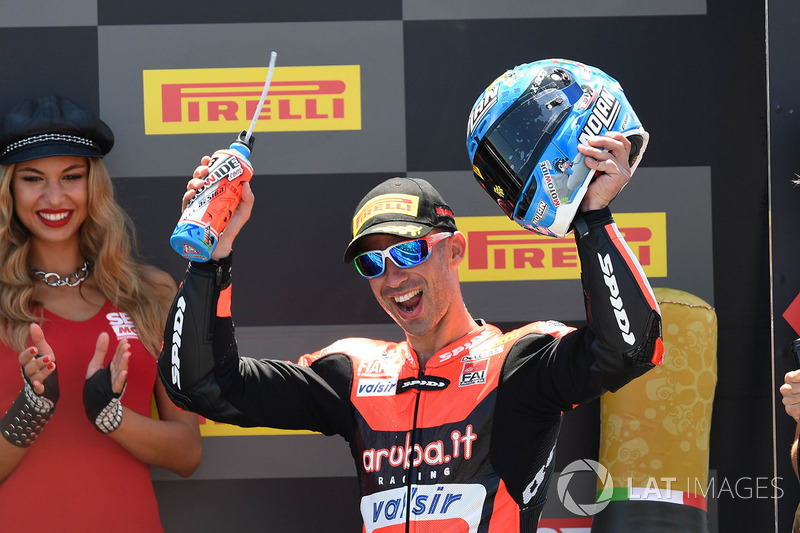 Podio: il terzo classificato Marco Melandri, Aruba.it Racing-Ducati SBK Team