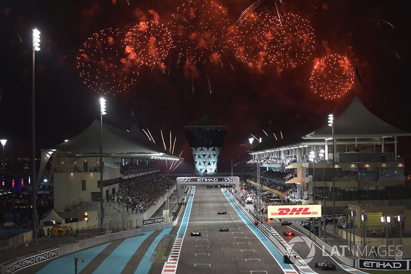 Ganador, Valtteri Bottas, Mercedes-Benz F1 W08 y Lewis Hamilton, Mercedes-Benz F1 W08 con Felipe Massa, Williams FW40