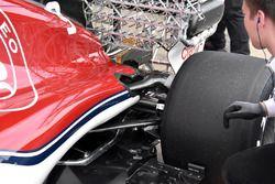Sauber C37, dettaglio posteriore