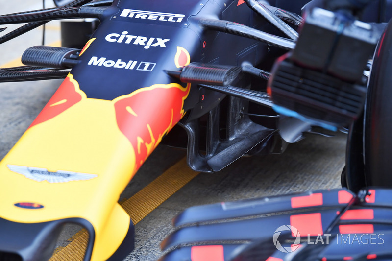 Red Bull Racing RB14 aero detail