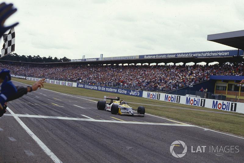 Yarış galibi Nelson Piquet, Williams FW11B Honda