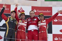 Podyum: Yarış galibi Fernando Alonso, Ferrari, 2. Kimi Raikkonen, Lotus F1 Team, 3. Felipe Massa, Fe