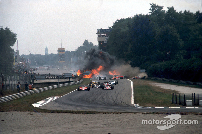 Italian GP 1978 arrancada accidente de Ronnie Peterson
