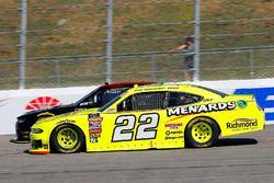 Brad Keselowski, Team Penske, Ford Mustang Menards/Richmond and Morgan Shepherd, Shepherd Racing Ventures, Chevrolet Camaro Visone RV