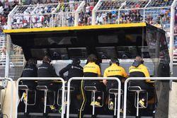 Il muretto box del Renault Sport F1 Team