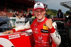 Le vainqueur Mick Schumacher, PREMA Theodore Racing Dallara F317 – Mercedes-Benz
