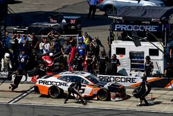 Kasey Kahne, Leavine Family Racing, Chevrolet Camaro Procore makes a pit stop, Sunoco