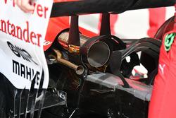 Ferrari SF70H detalle del escape