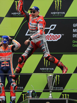 Podio: il vincitore della gara Jorge Lorenzo, Ducati Team