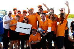 Il team McLaren nella gara di Raft