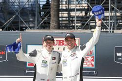GTLM podium: winnaars Oliver Gavin, Tommy Milner, Corvette Racing
