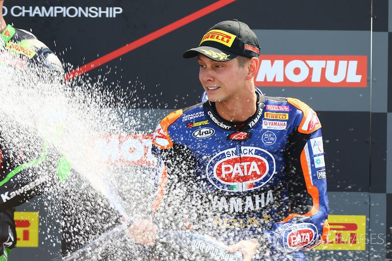 Podio: il terzo classificato Michael van der Mark, Pata Yamaha