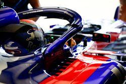 Brendon Hartley, Toro Rosso, en el cockpit