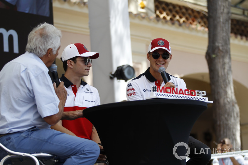 Charles Leclerc, Sauber and Marcus Ericsson, Sauber with Bob Constanduros, on stage