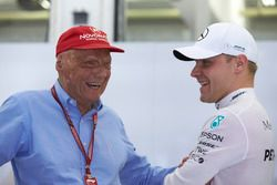 Niki Lauda, Non-Executive Chairman, Mercedes AMG, with Valtteri Bottas, Mercedes AMG F1
