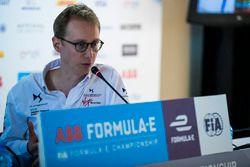 Sylvain Filippi, directeur de la technologie de DS Virgin Racing, lors de la conférence de presse