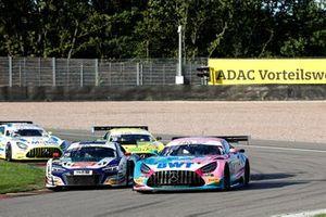 #29 Montaplast by Land-Motorsport Audi R8 LMS: Ricardo Feller, Christopher Mies, #22 Toksport WRT Mercedes-AMG GT3 Evo: Maro Engel, Luca Stolz