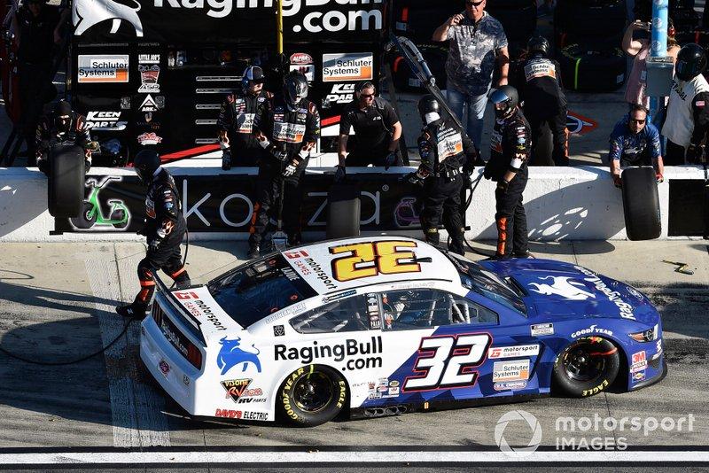 Corey LaJoie, Go FAS Racing, Ford Mustang RagingBull.com