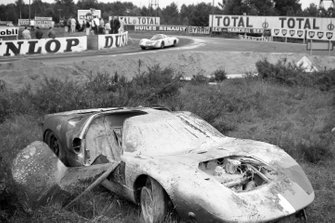 Jo Siffert, Hans Herrmann, Porsche, Mike Salmon, Brian Redman, John Wyer Automotive