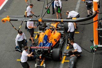 Carlos Sainz Jr., McLaren MCL34, in the pit lane during practice